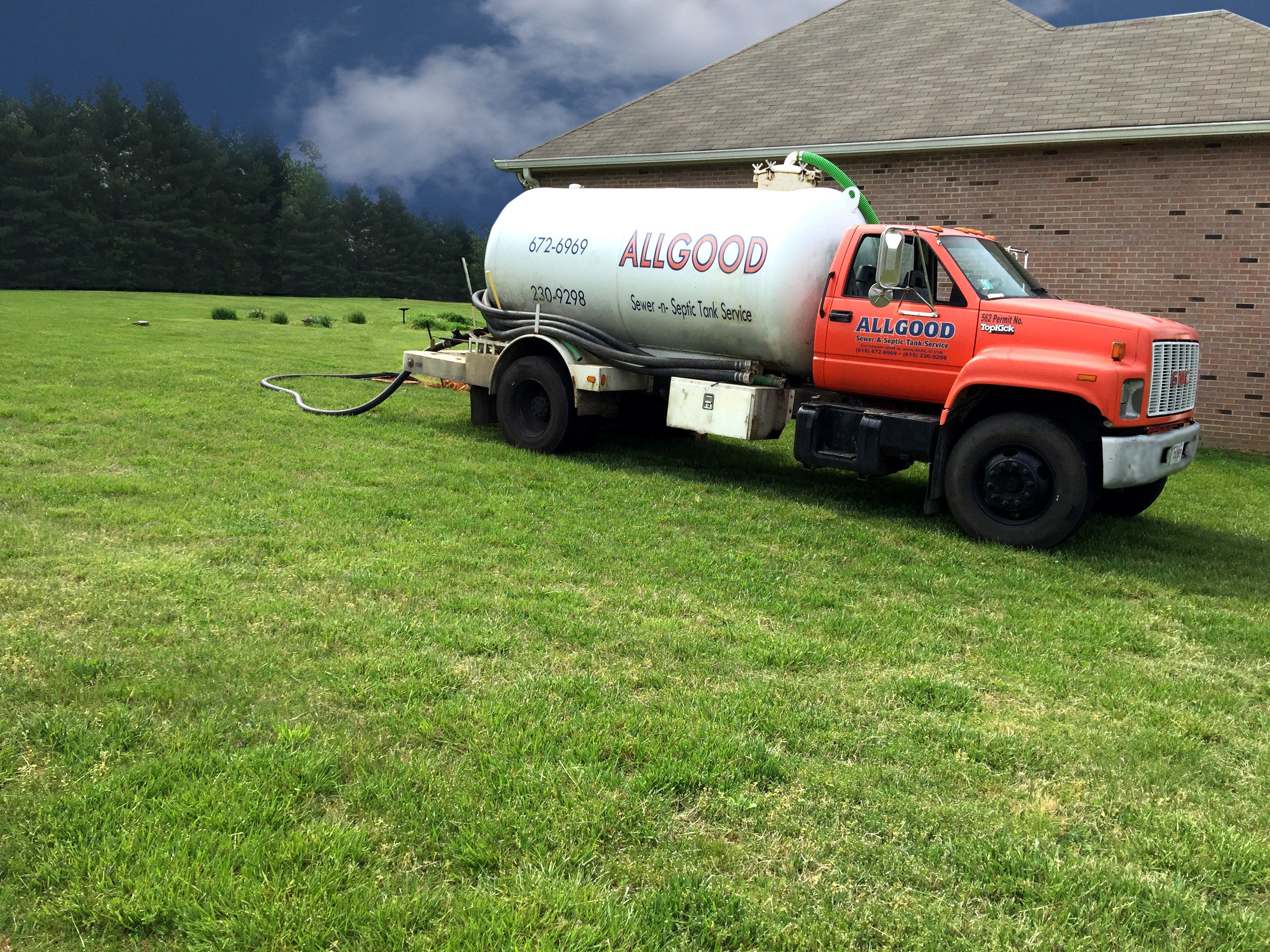 Unstopped main septic line and pumped tank in Coopertown, TN